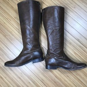 Frye Button Boots With Back Zipper Size 9B